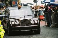 Bentley carries Queen